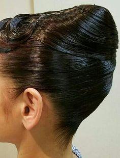 Goddess Hairstyles, Curled Hairstyles, Helmet Hair, Finger Waves, Goddess Braids, Wet Hair, Hairspray, Hair Oil, Top Knot