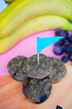 Baby Proof Banana and Blueberry Oatmeal Muffin / Gezonde baby snack: Bananen & Bosbessen Havermout Muffins (10+ mnd) – By Babies Kitchen