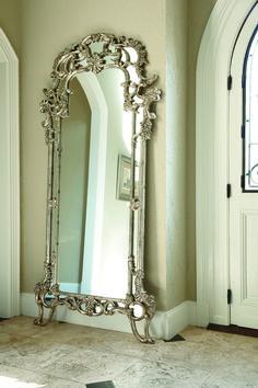 Beautiful floor mirror by American Drew.