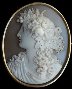 Antique Huge Beautiful Museum Quality Victorian Shell Cameo Pomona 14k Brooch