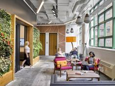 Breakout / 3rd space from Etsy Offices – New York City