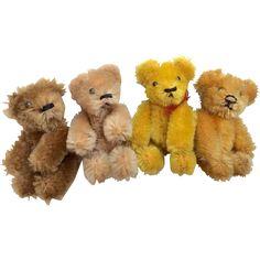4 German Schuco Miniature Teddy Bear for Doll or Dollhouse Tiny Teddies, Antique Teddy Bears, Steiff Teddy Bear, Plush Animals, Stuffed Animals, Curious Cat, Flower Quotes, Dollhouse Dolls, Art Furniture