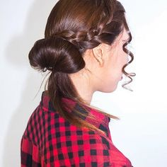 Who's ready for the weekend? Get ready for a ladies night out with a rendition of the classic French twist. Top it off with a branded extension. Terry Richardson, Ladies Night, Tgif, Hair Inspo, Night Out, Braids, Editorial, Hairstyle, French