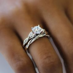 Catalina 14k White Gold Round Twisted Engagement Ring social image