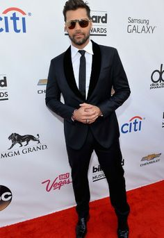 Ricky Martin at the #BBMAs  Billboard Music Awards | Photo Gallery: Men on the Red Carpet at the BBMAs