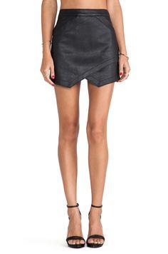 Negro asimétrico PU falda de cuero 14.17