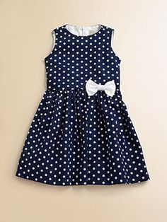 Sewing dress baby robes ideas for 2019 Baby Girl Frocks, Frocks For Girls, Kids Frocks, Little Dresses, Little Girl Dresses, Baby Dresses, Dress Girl, Kids Dress Patterns, Sewing Patterns