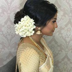 Indian Hairstyles, Bun Hairstyles, Bridal Looks, Bridal Style, Christian Bridal Saree, Wedding Guest Makeup, Bridal Hairdo, Civil Wedding, South Indian Bride