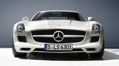 Mercedes-Benz SLS AMG Roadster. Fuel consumption (combined): 13.2 l/100 km; CO2 emissions (combined): 308 g/km.