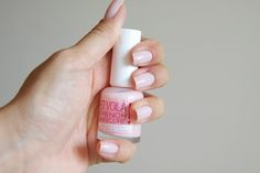 miss sporty et voila french manicure