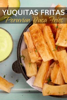 Yuquitas Fritas - Peruvian Yuca Fries Recipe Peruvian Dishes, Peruvian Cuisine, Peruvian Recipes, Easy Delicious Recipes, Real Food Recipes, Cooking Recipes, Delicious Food, Yucca Recipe, Fried Yuca