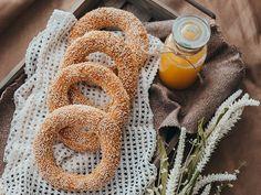 ΤO τσουρέκι της Mamangelic! | εποχιακές συνταγές | βουρ στο ψητό! | συνταγές | δημιουργίες| διατροφή| Blog | mamangelic Salads, Vegan, How To Make, Food, Cookies, Recipe, Recipes, Biscuits, Meal