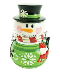 Keep the sweetest treats of the season in this charming hinged jar. It's reminiscent of a backyard snowman and is a lovely way to dole out delicious desserts.