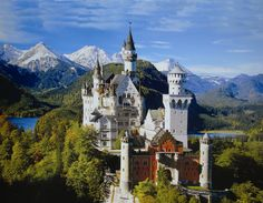 European Castles   Compact Travels   Exploring Places Like Never Before