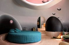'Palais Bulles' Pierre Cardin's Bubble House by Antti Lovag