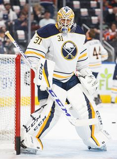 goalie-anders-nilsson-of-the-buffalo-sabres-warms-up-before-the-game-picture-id615841580 (435×594) Buffalo Sabres, Buffalo Hockey, Hockey Goalie, Hockey Players, Goalie Mask, National Hockey League, Sabrina Carpenter, Goalkeeper, Nhl