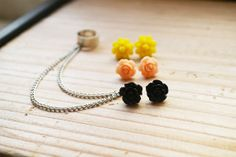 Black Blush and Yellow Rose Double Chain Ear door oflovelythings, $12.00