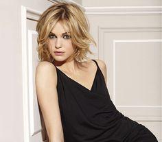 Nőies félhosszú frizurák, ha kevés és erőtlen a hajad | femina.hu