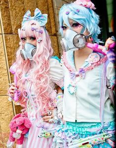 Pastel Cyber-Goths on the street in Japan. Very detailed!