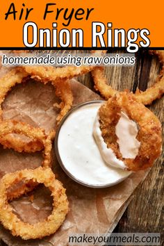 Make homemade onion rings and cook them in the Air Fryer/Ninja Foodi. So much healthier than the deep-fried onion rings! Make homemade onion rings and cook them in the Air Fryer/Ninja Foodi. So much healthier than the deep-fried onion rings! Air Fryer Recipes Vegetarian, Air Fryer Oven Recipes, Air Frier Recipes, Air Fryer Dinner Recipes, Cooking Recipes, Easy Recipes, Vegetarian Cooking, Easy Cooking, Healthy Recipes