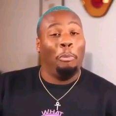 Meme Faces Discover reaction vids my favorite reaction video rn skskks Funny Short Videos, Funny Video Memes, Cute Memes, Funny Black Memes, Stupid Funny Memes, Funny Relatable Memes, Hilarious, Current Mood Meme, Mood Songs