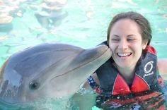 Shaun the dolphin was a very good kisser. Thanks for a great day Blue Lagoon! #bahamas #travelgram #photooftheday #instagood #love #latergram #dolphins #justkeepswimming #beautifuldestinations #kisses #bisous #travel