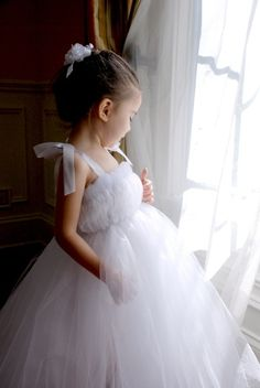 Make a tutu for your favorite little girl without using a sewing machine!  Girly and adorable!