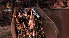 La Guardia Civil destruye en León cerca de 1.000 armas  depositadas en la Intervención de Armas y Explosivos