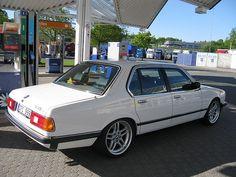 BMW E23 735i