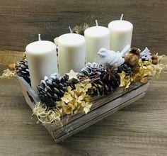 Christmas Natur decor Pillar Candles, Christmas Decorations, Christmas Decor, Candles, Christmas Tables, Christmas Jewelry