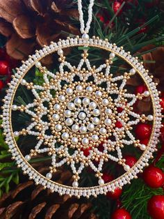Christmas ornaments-Snowflake Ornament-Beaded Snowflake Ornament-Snowflake with Pearls-Christmas decorations-Christmas Gift-Handmade Snowflake-Christmas gifts This beautiful snowflake made with pearls (different sizes) and gold Czech seed beads. Measurements: The diameter of gold
