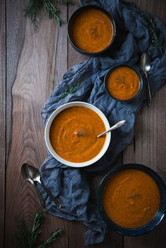 Roasted Red Pepper and Fennel Soup (vegan, gluten-free, and packed full of nutrients!) via Will Cook For Friends