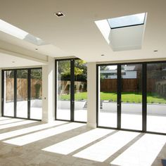 The aluminium #bifoldingdoors are a fantastic choice to connect the indoor and outdoor living spaces. To further enhance this connection, #Sieger offer a range of associated glazing products that complement these #bifolds. For full technical details of our products speak to our sales team but calling 01494 722 882.  #aluminiumbifolds #aluminiumbifoldingdoors #modernhomes #architecture #architecture_best #architecture_view #architecture_lovers #architecture_london #architecturelover