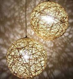como hacer una lampara de techo paso a paso - Pesquisa Google Sisal, Crochet Lamp, Glitter Paint, Lamp Shades, Pendant Lamp, Lighting Design, Light Fixtures, Lanterns, Bulb