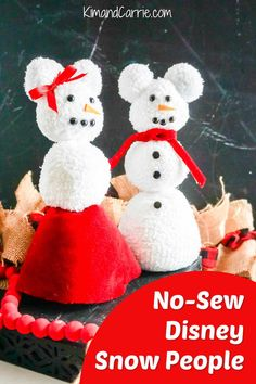 Disney Christmas Crafts, Disney Crafts, Homemade Christmas, Christmas Diy, Christmas Ornaments, Sock Snowman Craft, Snowman Crafts, World Crafts, Disney Diy