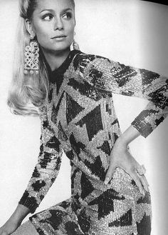 Legendary 60s British photographer captured all-Americans Lauren Hutton in Geoffrey Beene's geometric squined t-shirt dress. US Vogue October 1967.