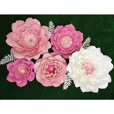 Giant paper flowers- Flores Gigantes de Papel ($11) ❤ liked on Polyvore featuring home, home decor and stationery