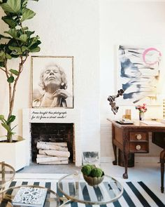 love everything about this living room, especially the art (lonny via mes caprices belges)