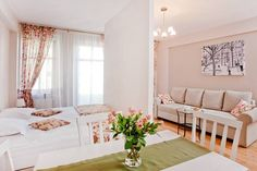 https://www.airbnb.pl/rooms/18938068?location=Jelenia%20G%C3%B3ra&adults=2&children=0&infants=0&guests=2&check_in=2018-03-01&check_out=2018-03-03&s=P9nYzluc