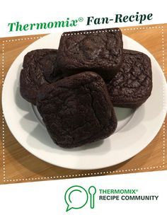 Healthier Chocolate, Beetroot and Banana Brownies by Melmix. A Thermomix <sup>®</sup> recipe in the category Baking - sweet on www.recipecommunity.com.au, the Thermomix <sup>®</sup> Community.