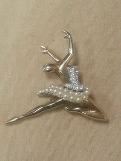 Boucher Signed & Numbered Sonia Ballerina Dancer Brooch w/ Clear Stones & Pearls