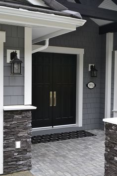 E-decor and Online Decorating, design and color consultant Kylie M Interiors.  Benjamin Moore And Sherwin Williams paint colours.  Exterior paint