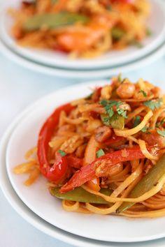 Super easy 20 Minute Pad Thai! A spicy Vegetarian Thai Noodle Bowl!