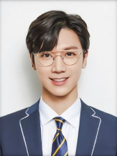 student id photo School Id, School Uniform, Back To School, Pass Photo, Id Photo, Nct 127, Mbti Type, Ten Chittaphon, Lucas Nct