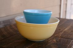Pyrex blue (401) found for $0.77 and yellow (403) found for $2.52 mixing bowls