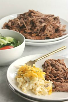 Crockpot Balsamic Roast Beef. Find this recipe and more at www.sundaysuppermovement.com.  #WeekdaySupper #SundaySupper