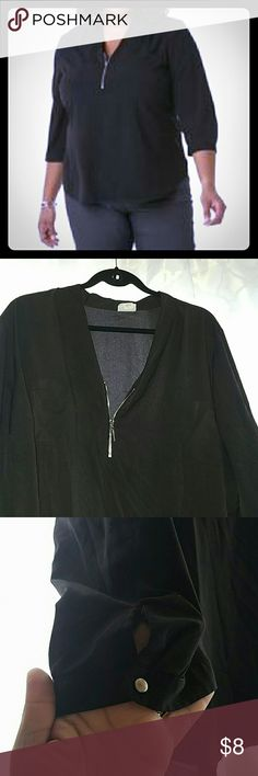 Jaclyn Smith Women's Plus Utility Blouse 3x Make a fashion statement while you keep cool in this women's plus utility blouse from Jaclyn Smith . Woven fabric with a lightweight feel makes this top perfect for warmer weather. A silvertone zipper adds eye-catching detail to the dramatic V-neck, while pleated three-quarter sleeves complete this lovely solid color look. Size: 3X. Color: Black. Gender: Female. Age Group: Adult. Pattern: Solid. Less Jaclyn Smith Women's Tops Blouses