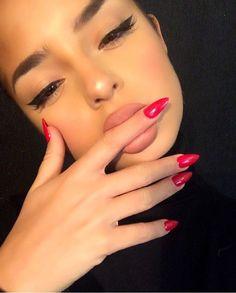 demirosemawby/Websta All Rose Lead To Rome - Lips - lipliner in Nude Beige  02 & Matte Lip Creme in London