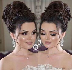 Pin on gara Pin on gara Wedding Hairstyles With Crown, Elegant Hairstyles, Bride Hairstyles, Bride Makeup, Wedding Hair And Makeup, Hair Makeup, Bridesmaid Hair, Prom Hair, Curly Hair Styles