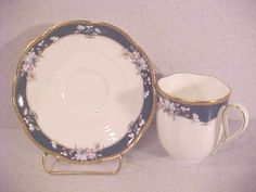 noritake china....love it China Sets, Chocolate Cups, Noritake, Royal Doulton, Mikasa, Teacups, Fine China, Kate Spade, Antique